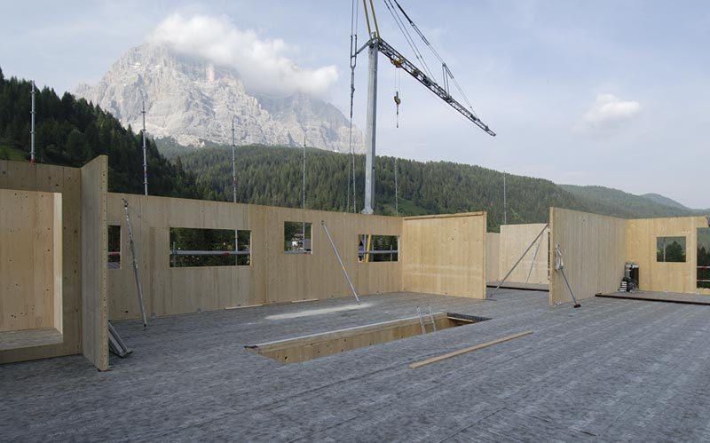 Sistema costruttivo X-LAM Woodbau Longarone