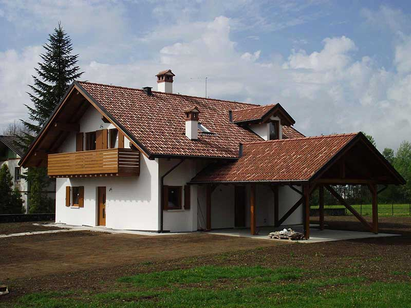 Casa con patio Woodbau Longarone