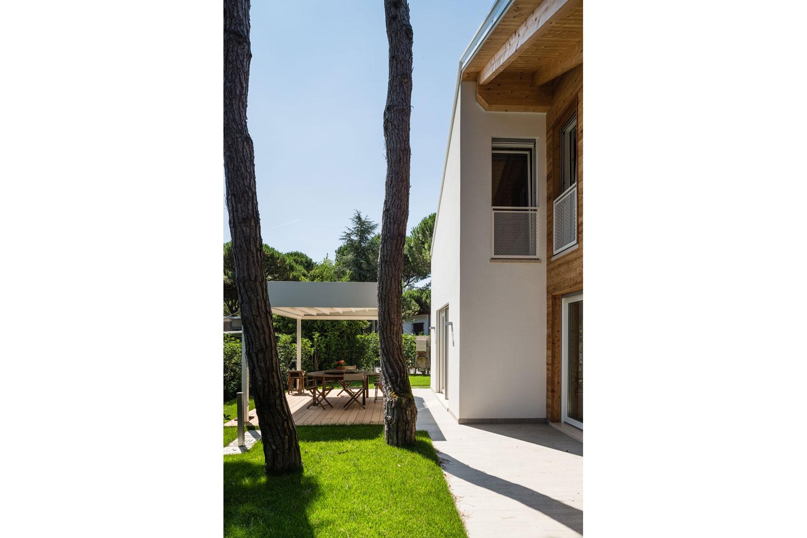 Villa al mare a Jesolo Woodbau Longarone