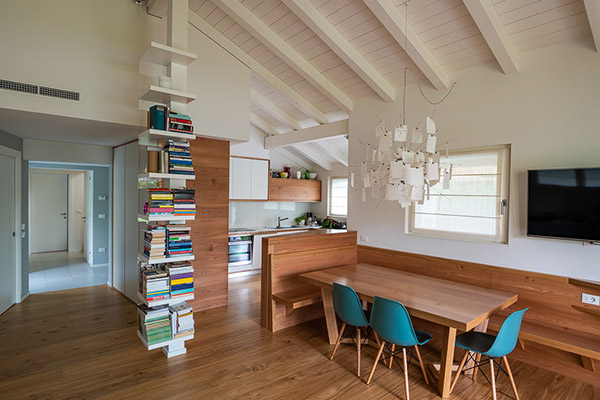 Casa con tetto in legno Woodbau Longarone